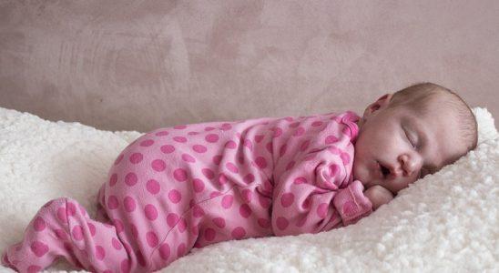 Conseils de choix d'un lit bébé